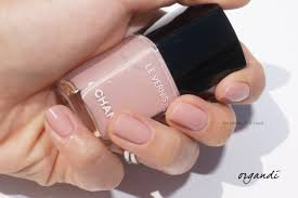 chanel le vernis longwear nail colours in ballerina organdi