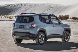 jeep renegade mileage 2016 jeep renegade vs 2016 fiat 500x which is better autotrader