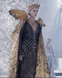 Queen Ravenna Halloween Costume Le Chasseur La Reine Des Glaces Huntsman Winters War