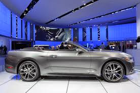 photo gallery 2015 ford mustang convertible in magnetic