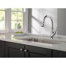 delta chrome kitchen faucets delta faucet 9178 dst leland polished chrome pullout spray kitchen