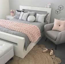 deco chambre blanche 1001 conseils et idées pour une chambre en et gris sublime
