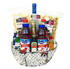 liquor gift baskets deluxe liquor gift basket chagne gift baskets