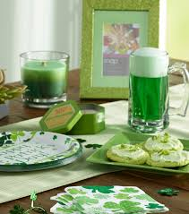 st patrick s day home decorations st patrick u0027s day style it u0027s easy being green