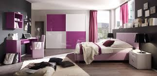schlafzimmer lila wei schlafzimmer schlafzimmer lila weiß schwarz weiss lila