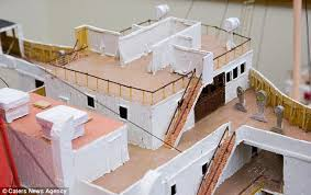 toothpick house artist wayne kusy builds 25ft toothpick model of the queen mary