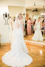 wedding coordinators kayte brandon married at the springs in katy plan our day