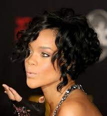 long hairstyles for fat women with curly hair