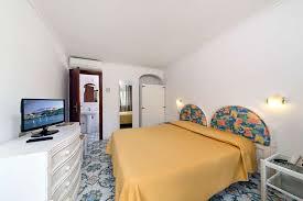 chambres communicantes chambres communicantes avec balcon albergo le canne ischia
