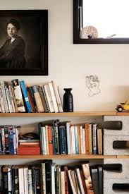 Diy Bookshelves Cheap by How To Make Cheap Bookshelves Organizing Gardens And Cinder