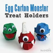 Halloween Craft Kids - 10 halloween egg carton crafts for kids spaceships and laser beams