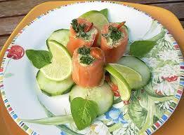 assiette de cuisine recette assiette de saumon farci truite et avocat la recette facile