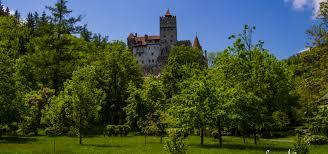 bran castle history hiker