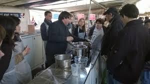 cours de cuisine sur gratuit photo d un cours de cuisine gratuit sur les marchés de par