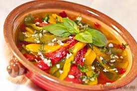 cuisiner le poivron vert poivrons grillés poivrons grillés à l huile d olive ail et basilic