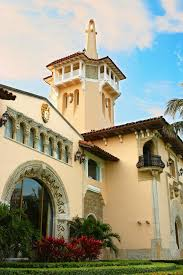 trumps home in trump tower photos building mar a lago history of trump s winter white