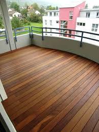 boden fã r balkon holzboden fur balkon aussenparkett schane hochwertige bodenbelage
