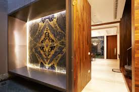 Feature Wall by Feature Wall Design Using Stones Such As Marble And Quartz On