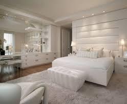 tapis de chambre adulte chambre adulte blanche 80 idées pour votre aménagement grand dans