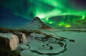 northern lights trip iceland http www outoftheordinarytravel com wp content uploads iceland
