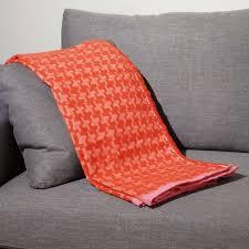 plaid coton canapé les 13 meilleures images du tableau plaid pour canapé sur