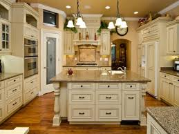 Country Kitchens With White Cabinets by Antique White Country Kitchen
