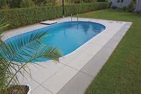 dallage exterieur en pierre naturelle carrelage d u0027extérieur pour plage de piscine de sol en pierre