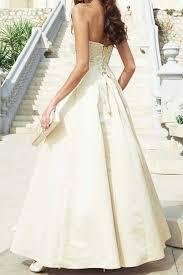 brautkleider chagnerfarben das brautkleid in chagnerfarben abseits vom klassiker in weiß