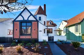 Alameda Christmas Tree Lane 2015 by 5633 Picardy Dr S Oakland Ca 94605 1177 Mls 40684900 Redfin