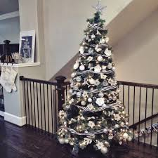 White Christmas Tree With Black Decorations Our Home At Christmas Veronika U0027s Blushing