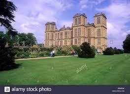 hardwick hall derbyshire with visitors elizabethan mansion