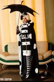 cruella deville costume spirit halloween 83 best cruella de vil images on pinterest sorting cruella