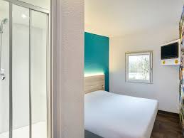hotel lille dans la chambre hotel in mons en baroeul hotelf1 lille metropole metro mons sart