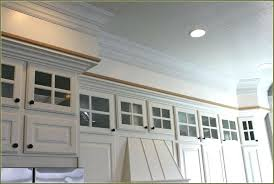 crown molding ideas for kitchen cabinets kitchen cabinet trim ideas lovable kitchen cabinet crown molding