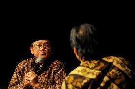 biografi bj habibie english former president bj habibie subject of new biography jakarta globe
