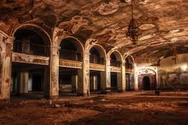 Beautiful Abandoned Places by 20 Beautiful Abandoned Places Around You In World