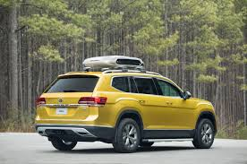comparison volkswagen atlas sel 2018 vs audi q7 suv 2015