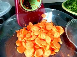 cuisiner des carottes en rondelles carottes fanes et panais aux olives deux ombellifères
