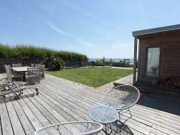 beach front house sleeps 8 stunning beach house with direct