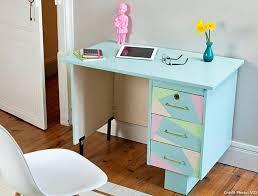 repeindre un bureau relooker meuble ancien en moderne vie bureau pastels en repeindre un