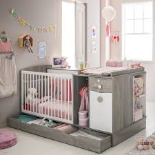 chambre de b b volutive amenagement but idee chambre bebe complete pour sa exemple cher