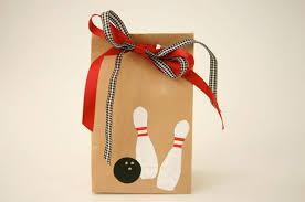 Diy Bowling Favors by How To Make Bowling Favor Bags Bowling Favors