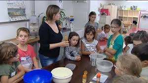 cours de cuisine lons le saunier lons le saunier faire goûter aux enfants des saveurs oubliées