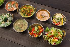 cuisine indienne vegetarienne vegan et plats épicés chauds de cuisine indienne végétarienne image