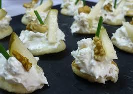 canape de canapé de queso azul pera y nueces receta de milandebrera cookpad
