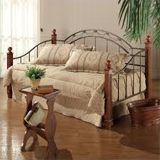 hillsdale camelot wood and metal daybed in cherry 171dbwdlhxx