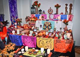 dia de los muertos decorations in mexico america spain dia de los muertos is commemorated