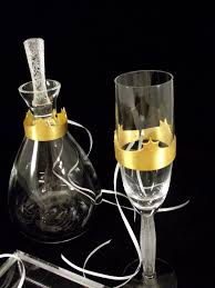 wedding decoration crowns for champagne glasses and carafe