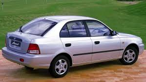 2002 hyundai accent review 2000 hyundai accent strongauto