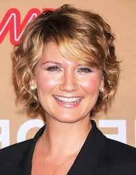 hairstyles for women oover 50 with fine frizzy hair cool haircut for wavy frizzy hair short and curly hairstyles